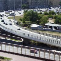 Трехуровневые эстакады Кутузовской развязки (Москва, 1999 г.)